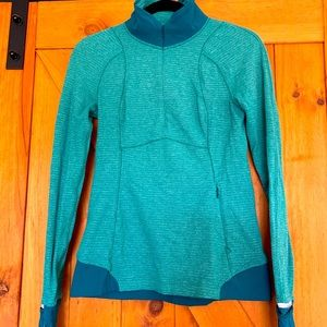 Lululemon half zip lightweight sweatshirt